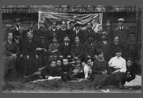 A Murowtchick Gathering in David-Horodok